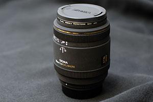 MACRO 70mm F2.8 EX DG